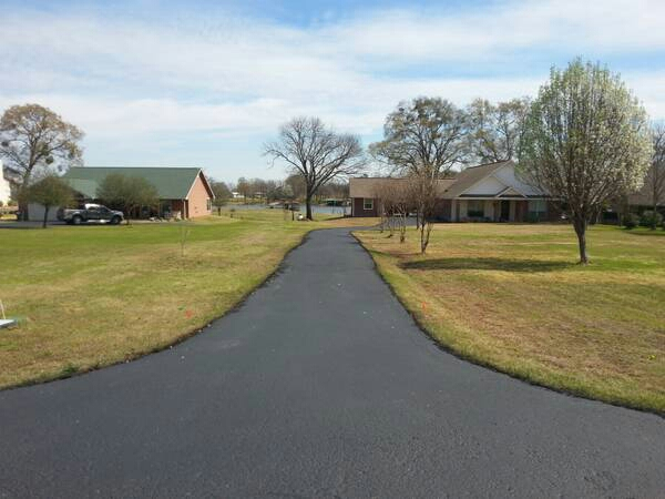 Consider Having Your Driveway Sealcoated This Fall